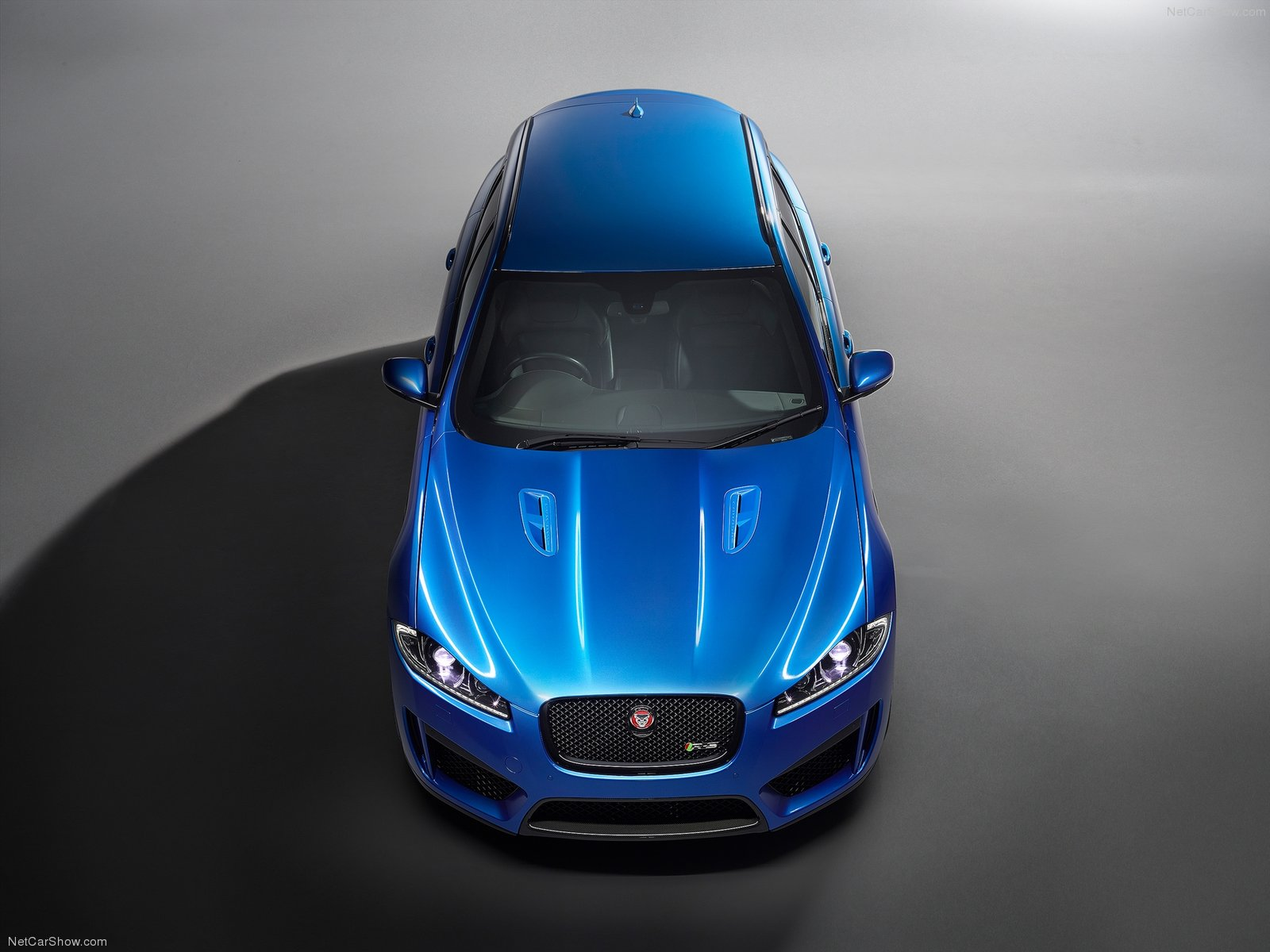 Jaguar XFR-S Sportbrake photo 109395