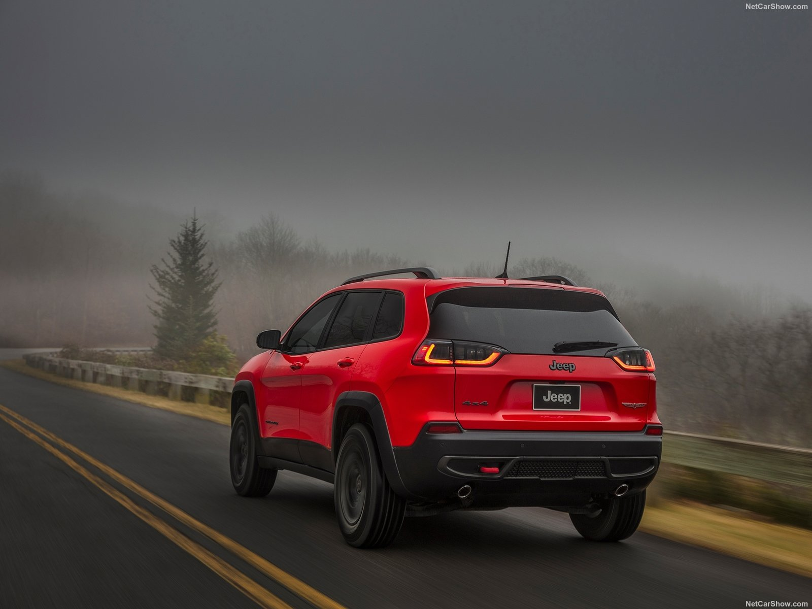 Jeep Cherokee photo 185479
