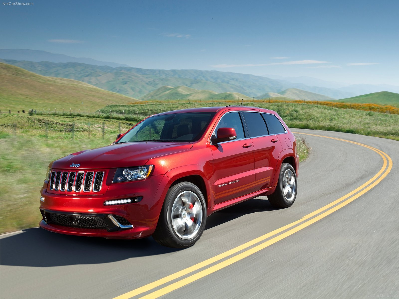 Jeep Grand Cherokee SRT-8 photo 80086