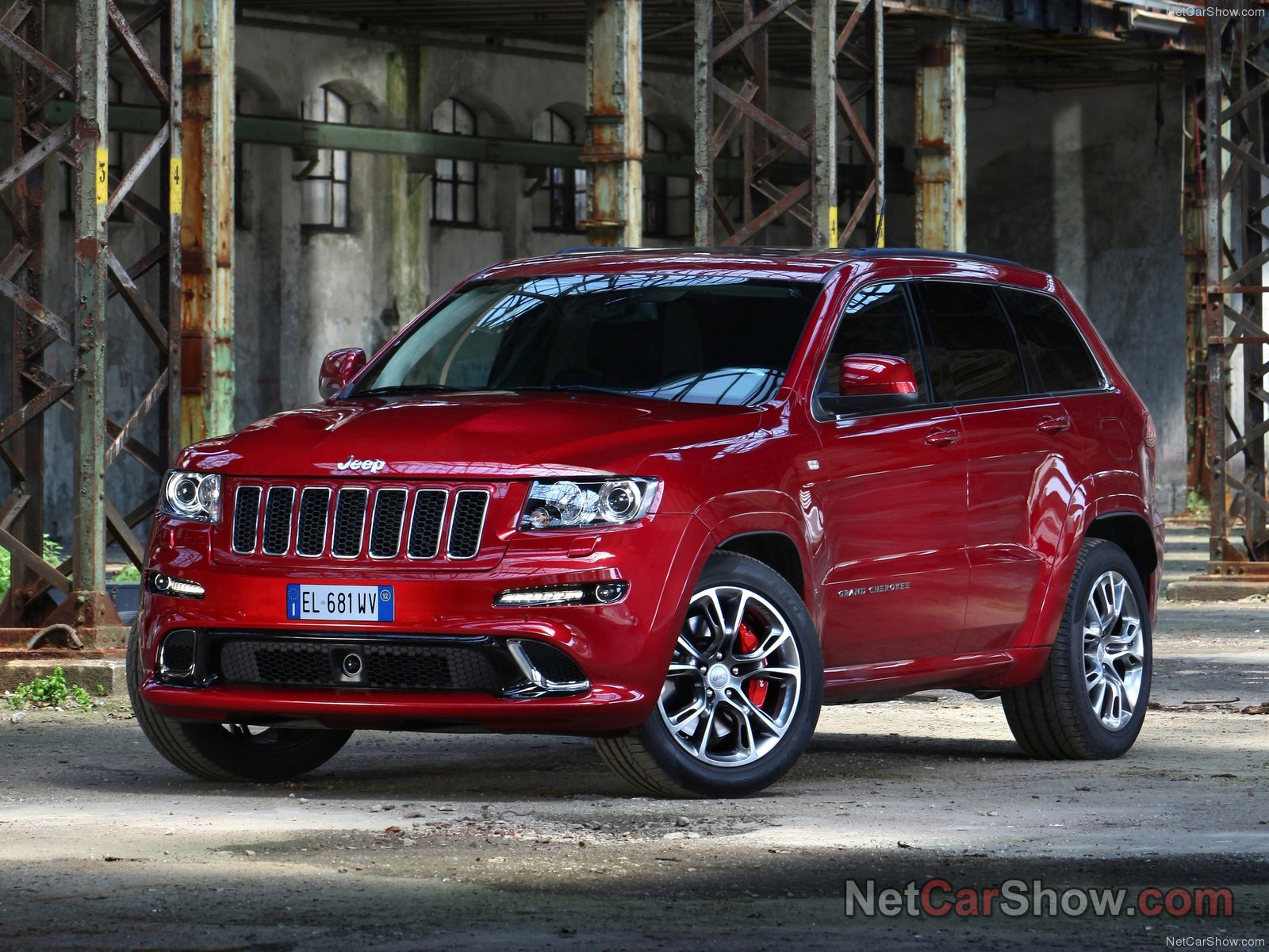 Jeep Grand Cherokee SRT-8 photo 92601