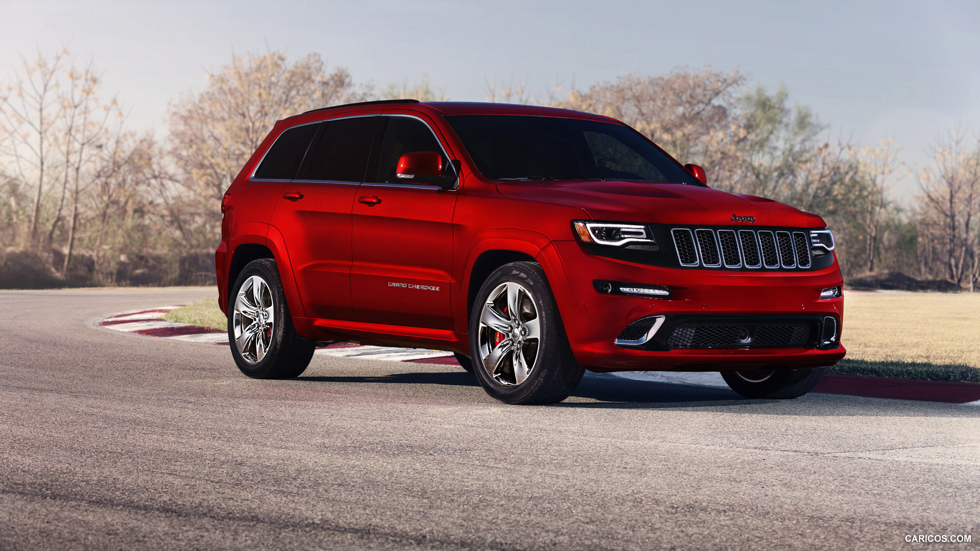 Jeep Grand Cherokee SRT photo 108586