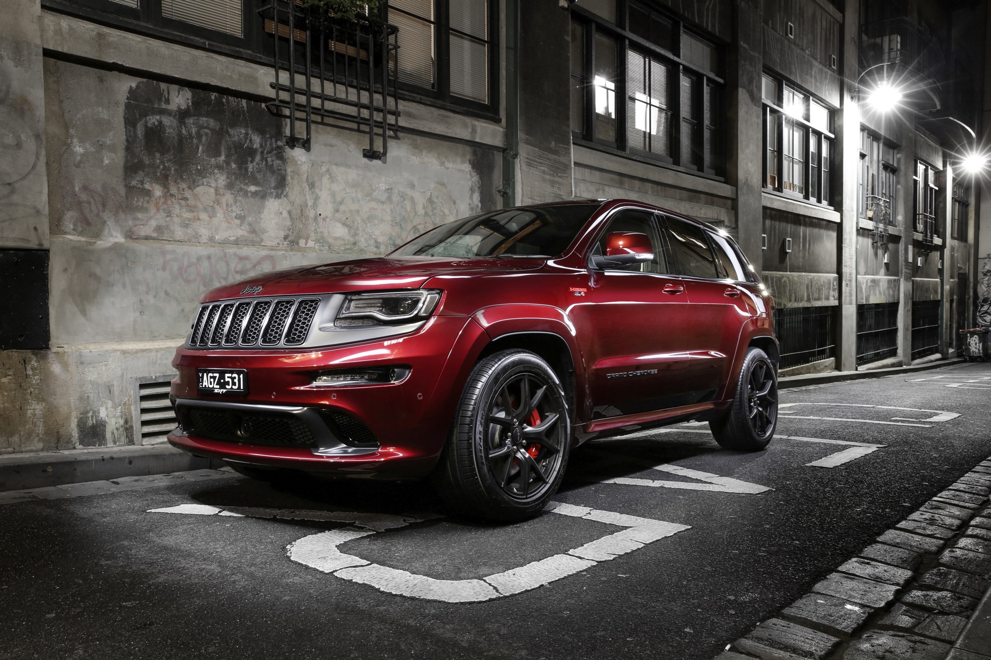 Jeep Grand Cherokee SRT photo 166183