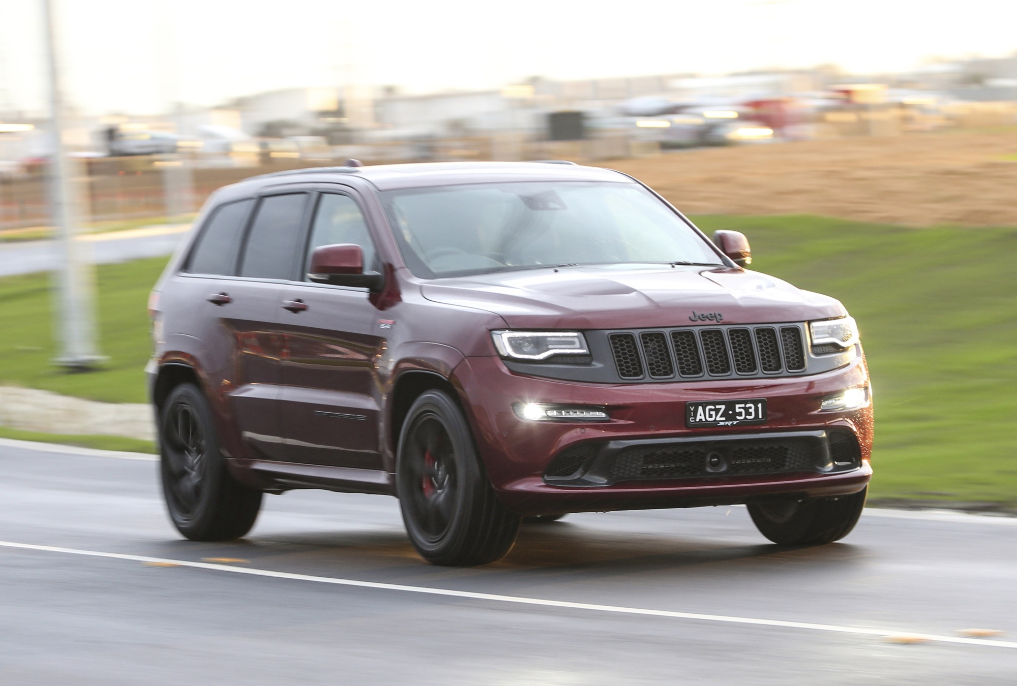 Jeep Grand Cherokee SRT photo 166184