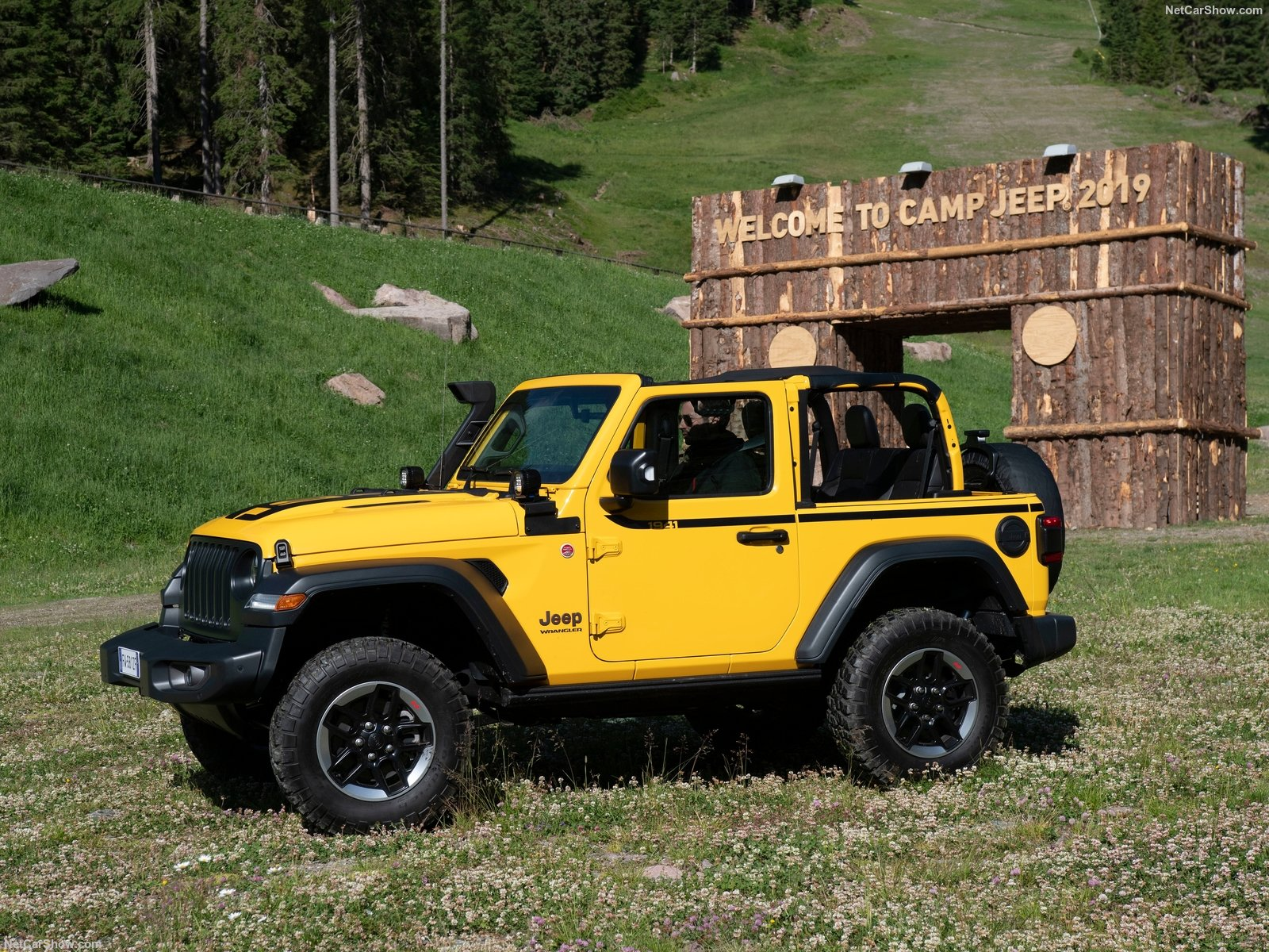 Jeep Wrangler photo 195979