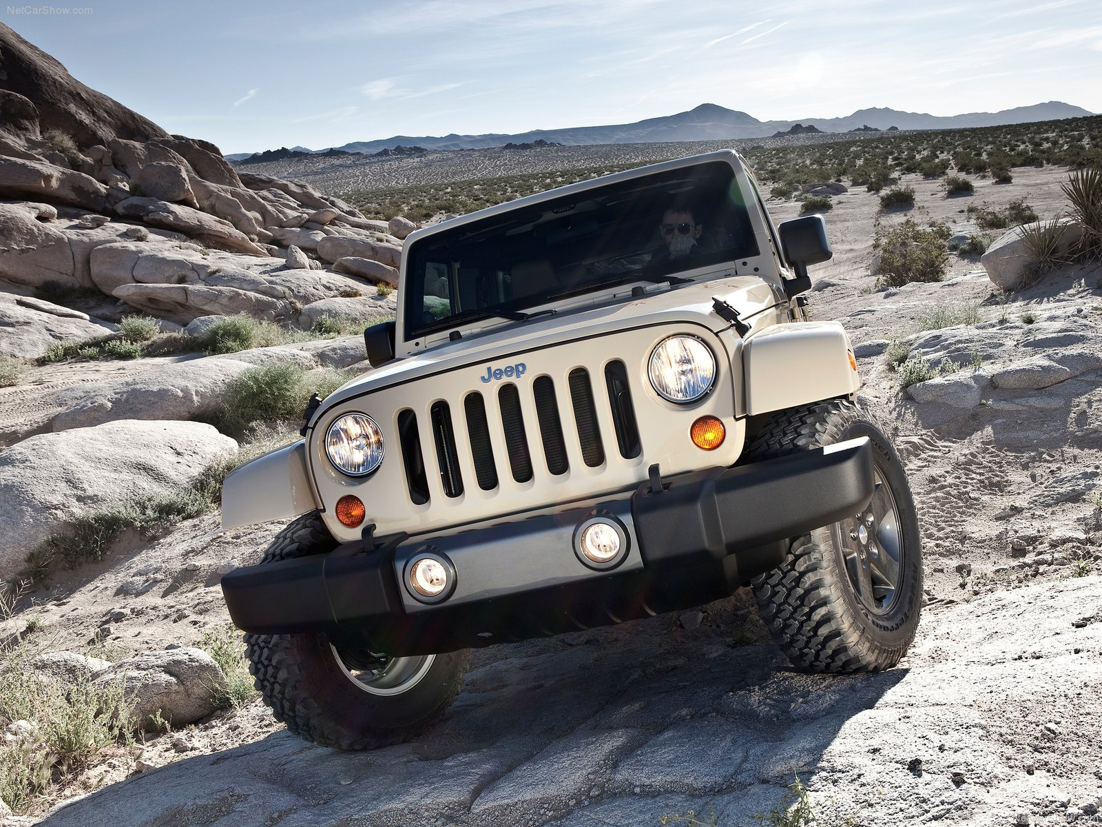 Jeep Wrangler Mojave photo 80065
