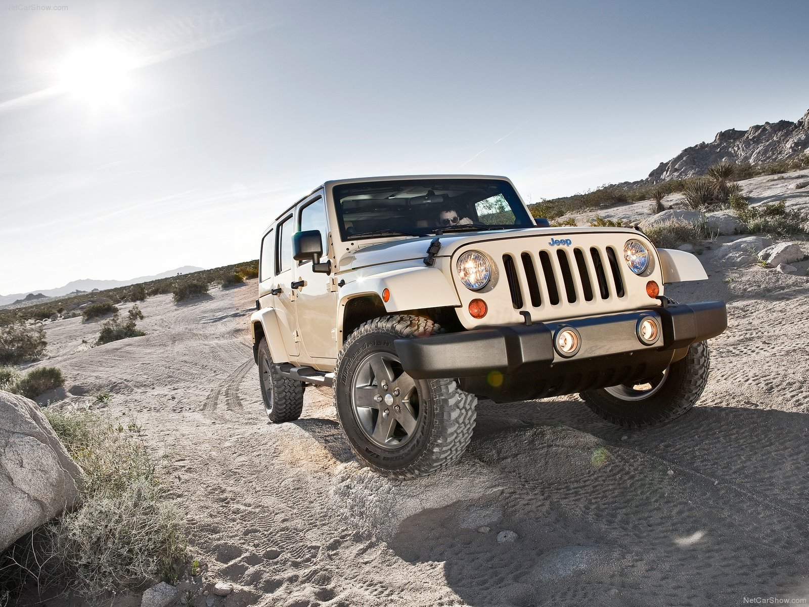 Jeep Wrangler Mojave photo 80067