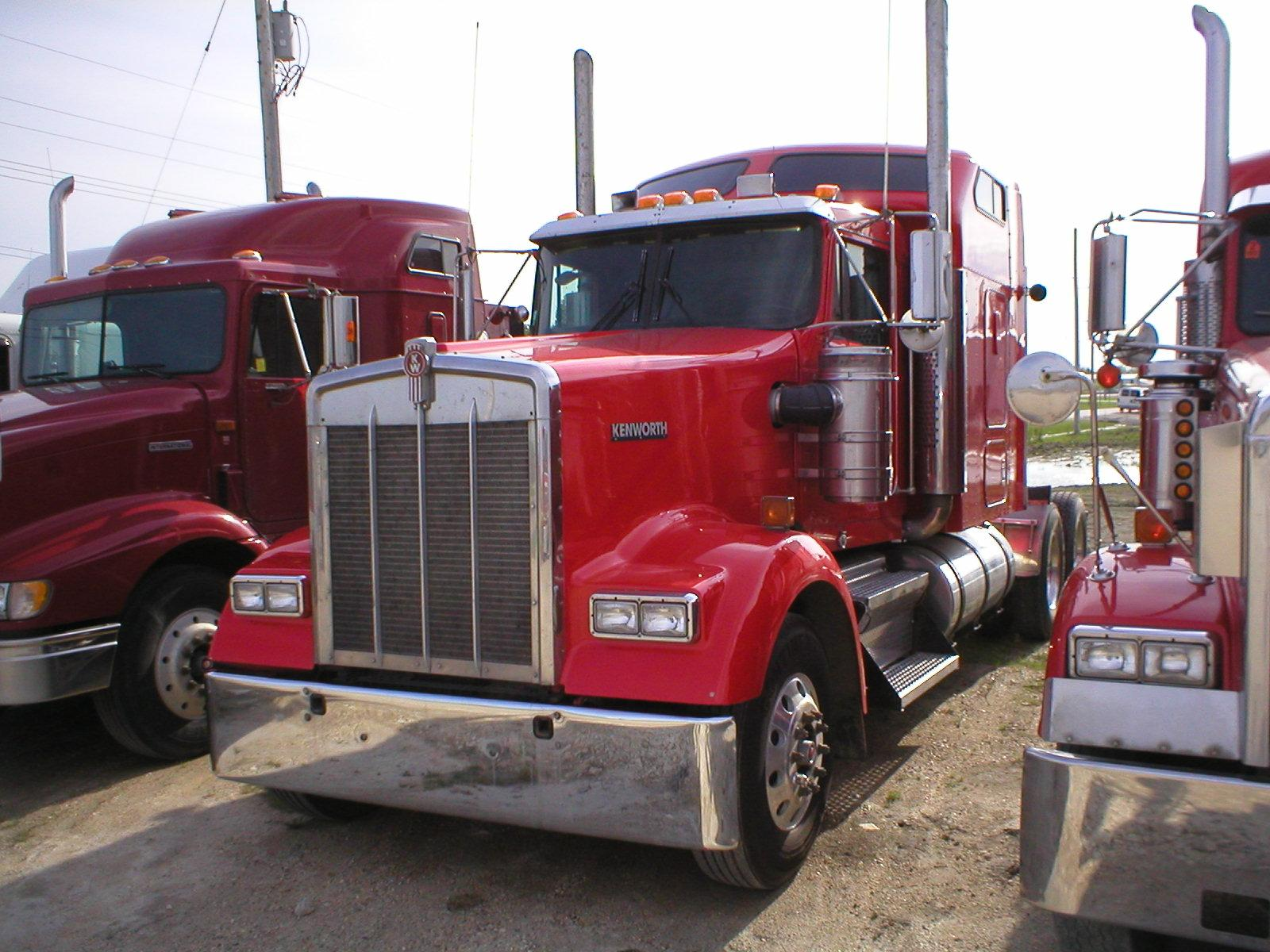 Kenworth W900 photo 30520