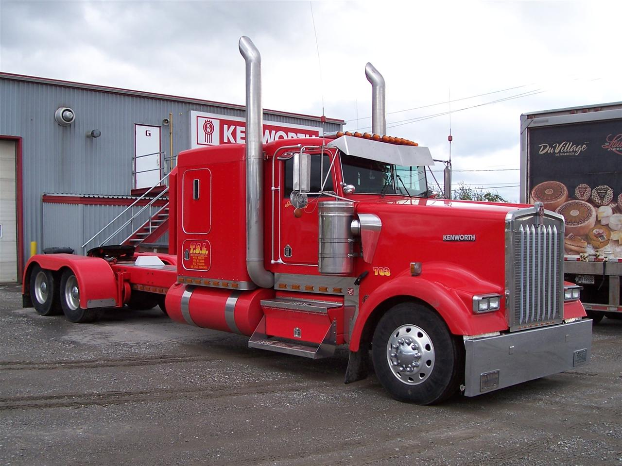 Kenworth W900 photo 39086