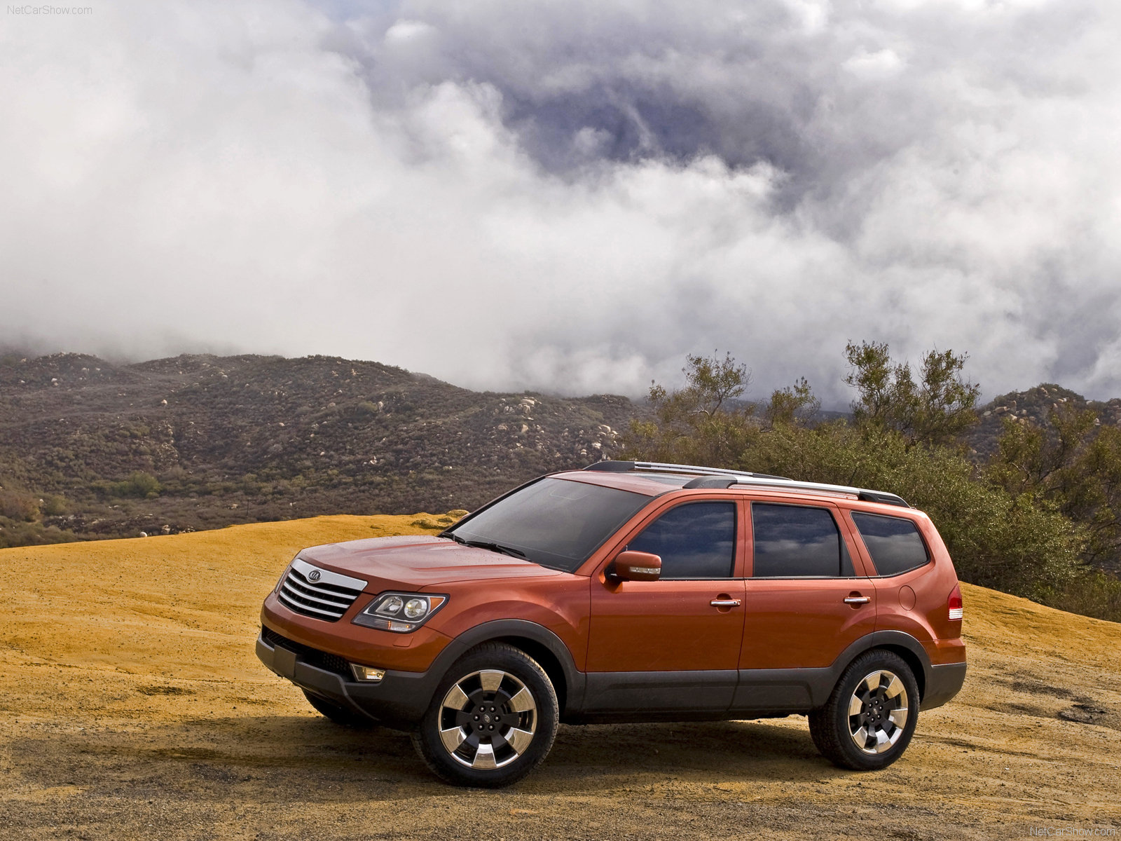 Kia Borrego photo 52423