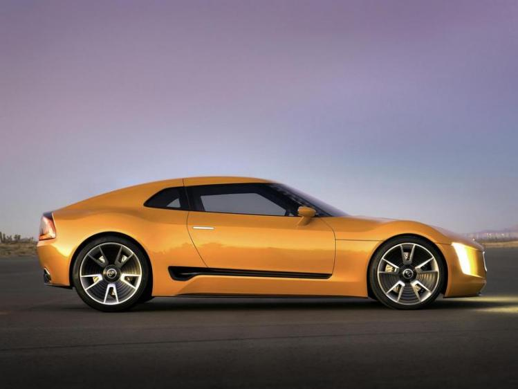 Kia GT4 Stinger photo 106246