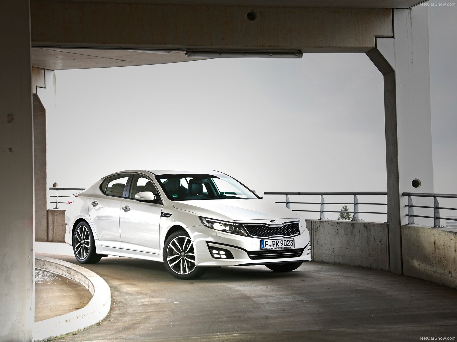 Kia Optima EU-Version photo 115239