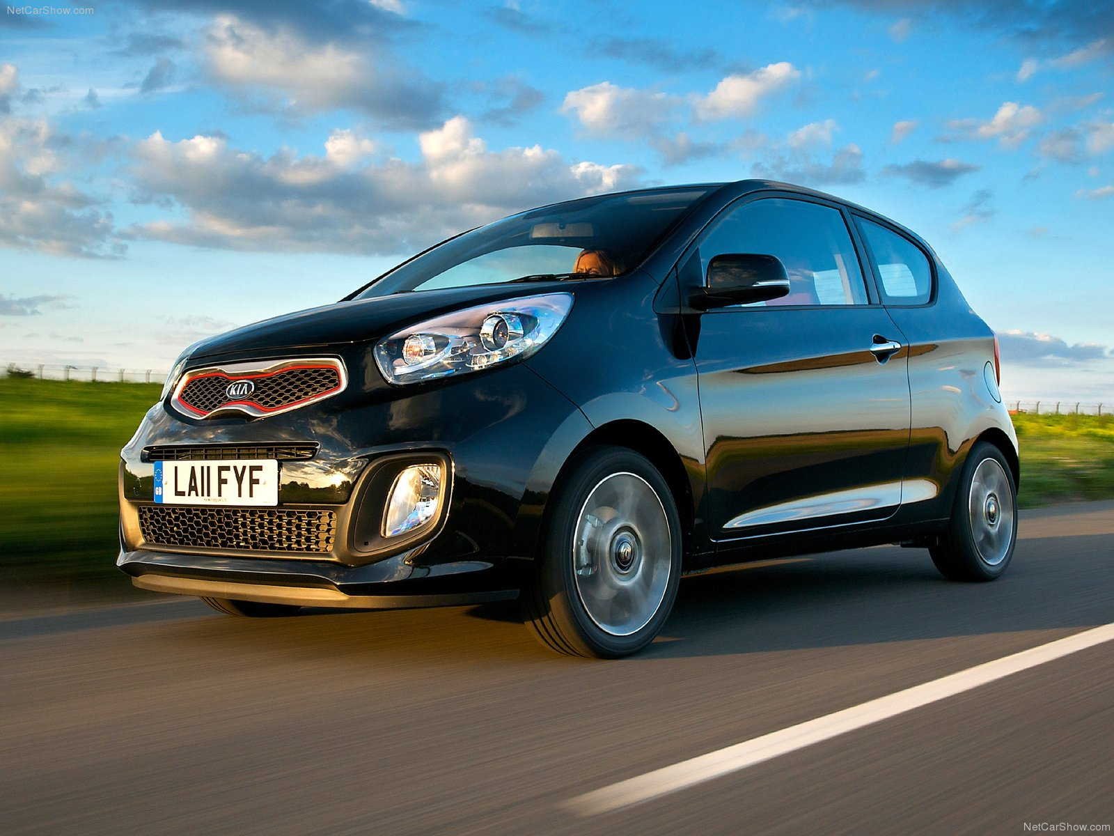 Kia Picanto 3-door photo 83172