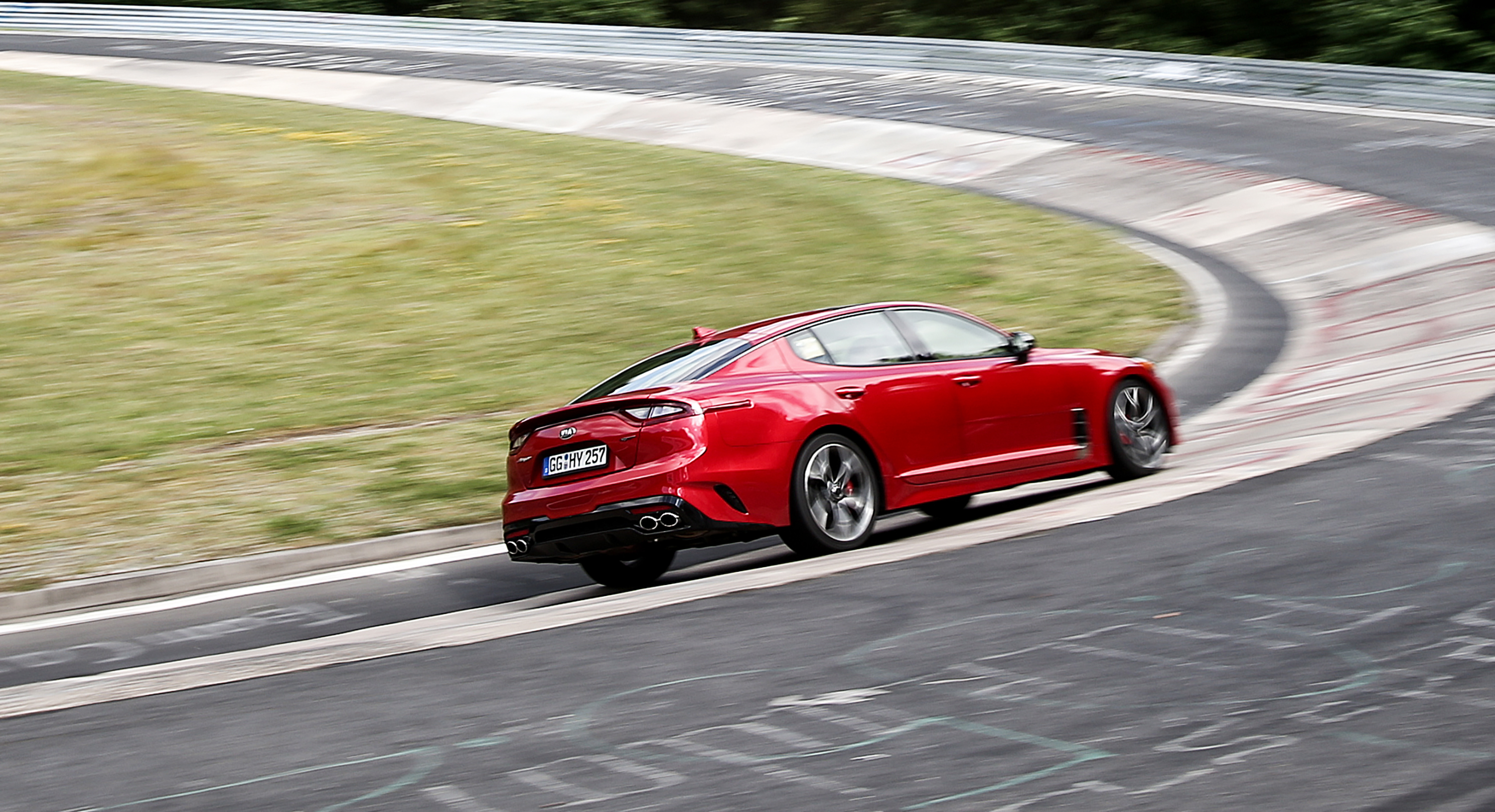 Kia Stinger photo 178678
