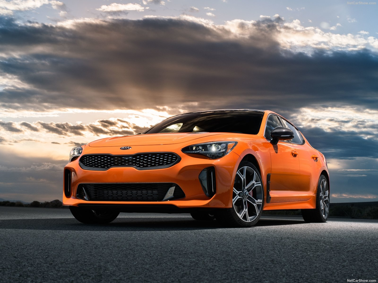 Kia Stinger photo 194717