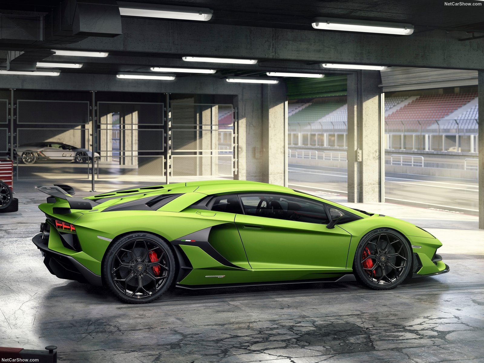 Lamborghini Aventador photo 190218