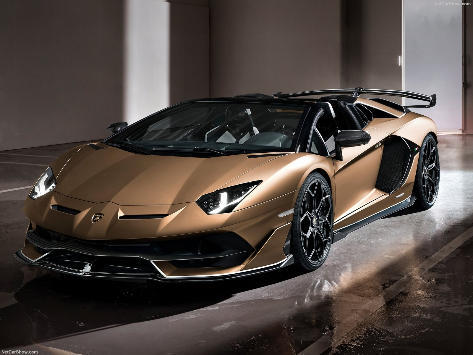 Lamborghini Aventador photo 194122