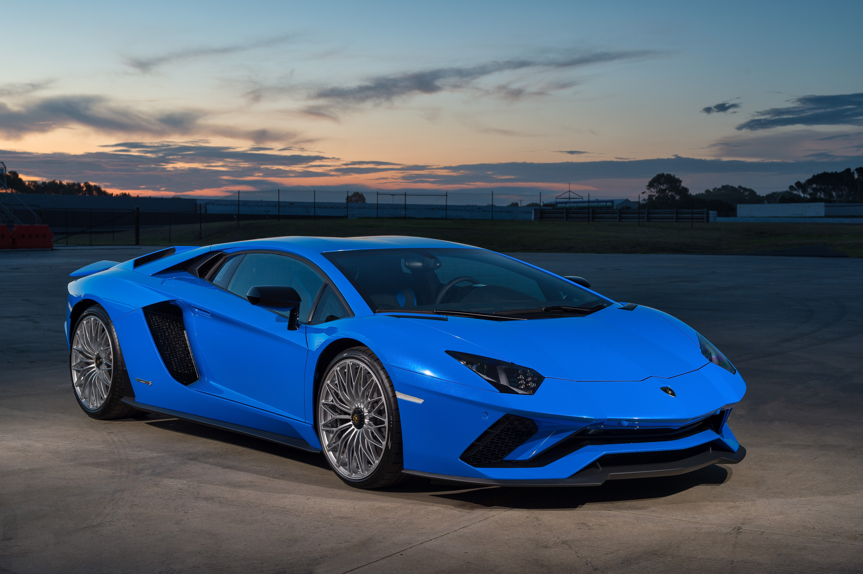 Lamborghini Aventador S photo 175846