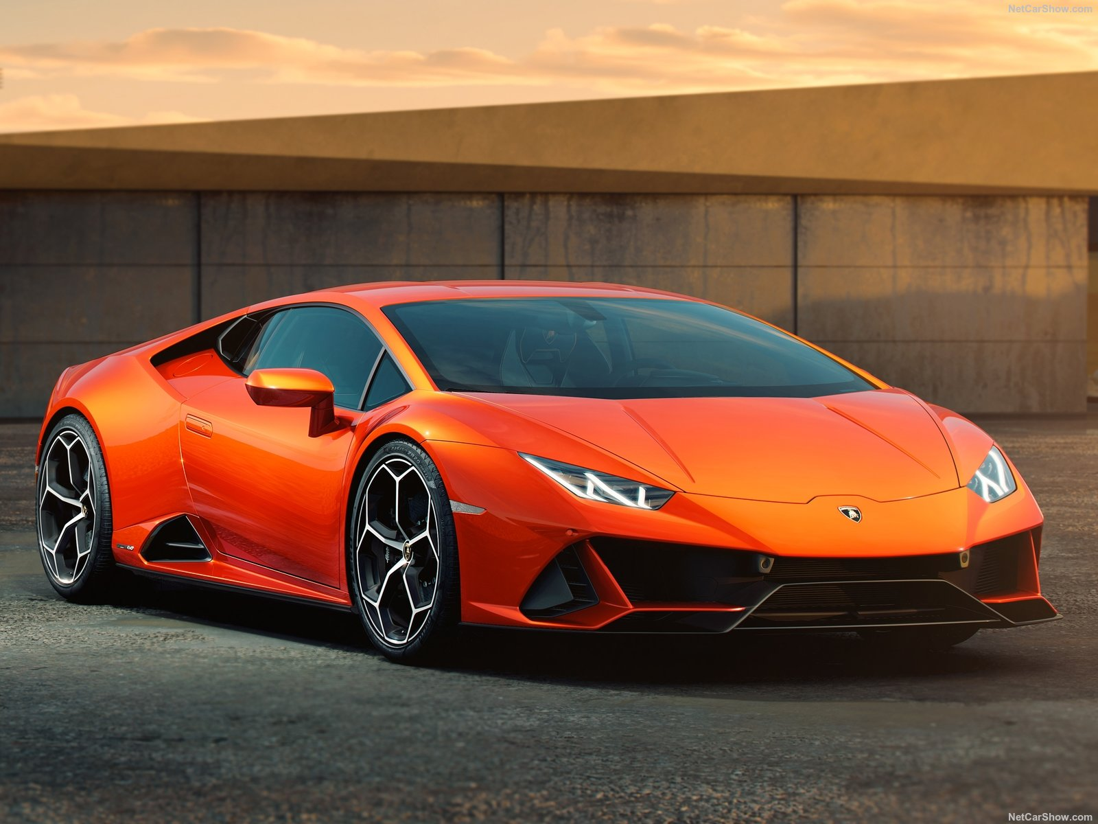 Lamborghini Huracan photo 196240
