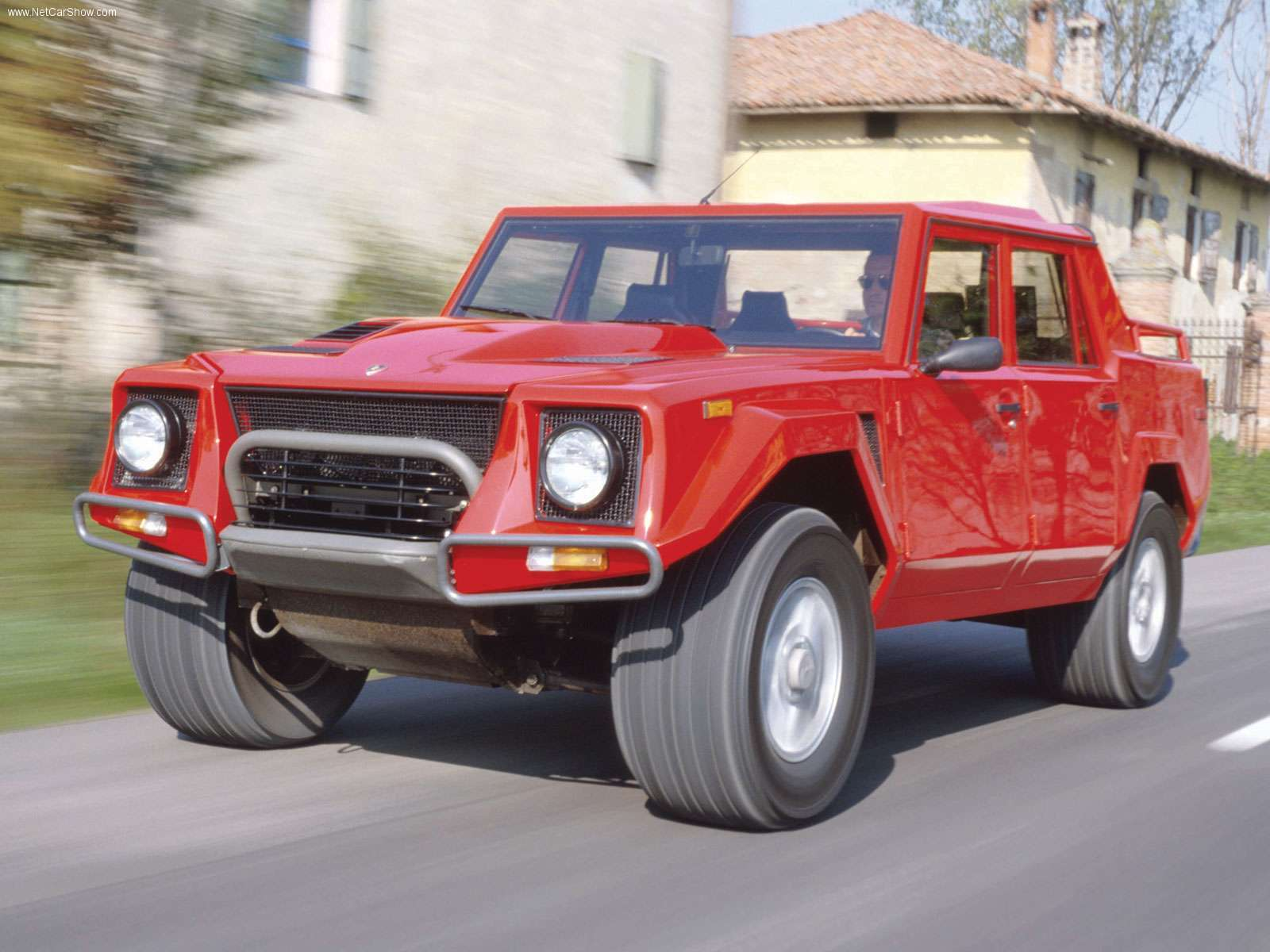 Lamborghini LM photo 32081