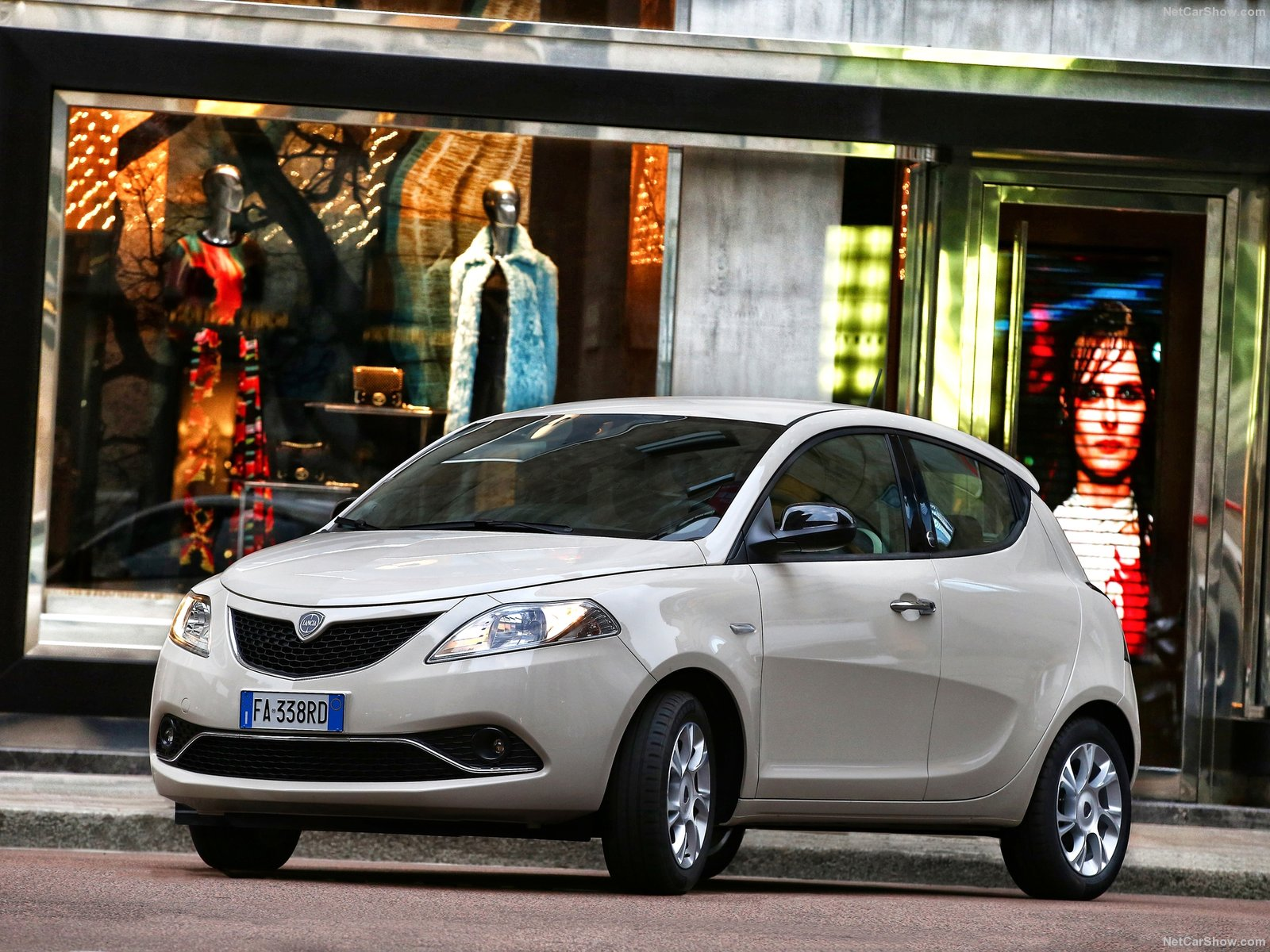 Lancia Ypsilon photo 156677