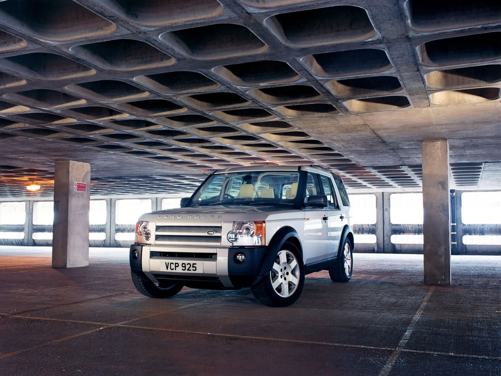 Land Rover Discovery II photo 10394