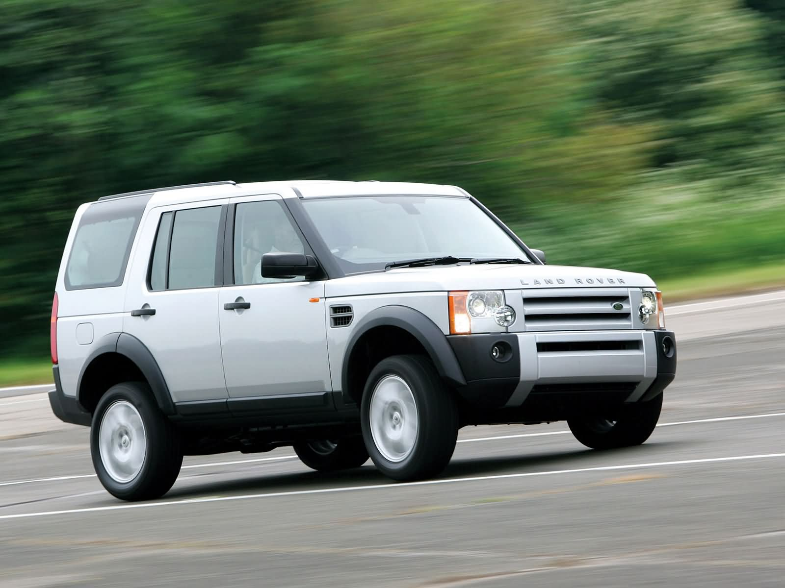 Land Rover Discovery II photo 10396