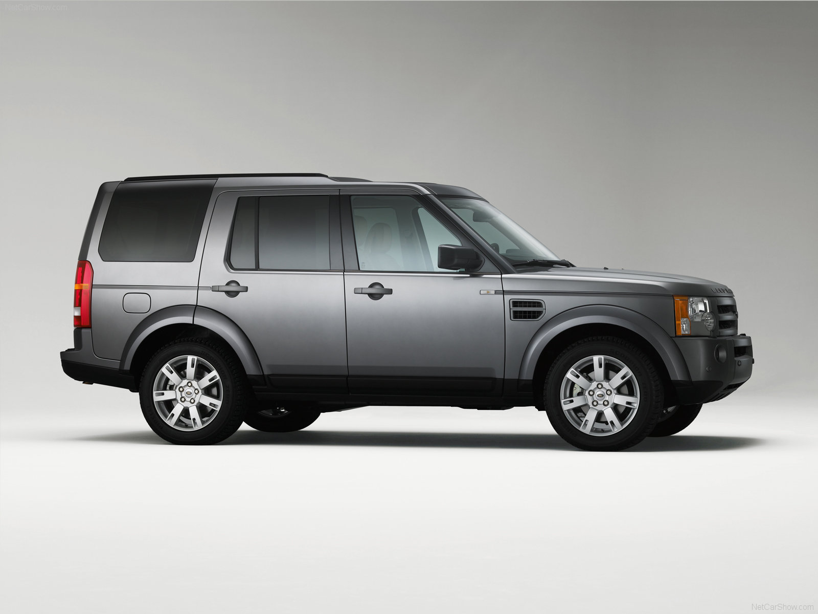 Land Rover Discovery III photo 54182