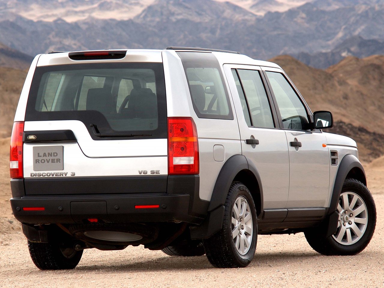 Land Rover Discovery III photo 93641