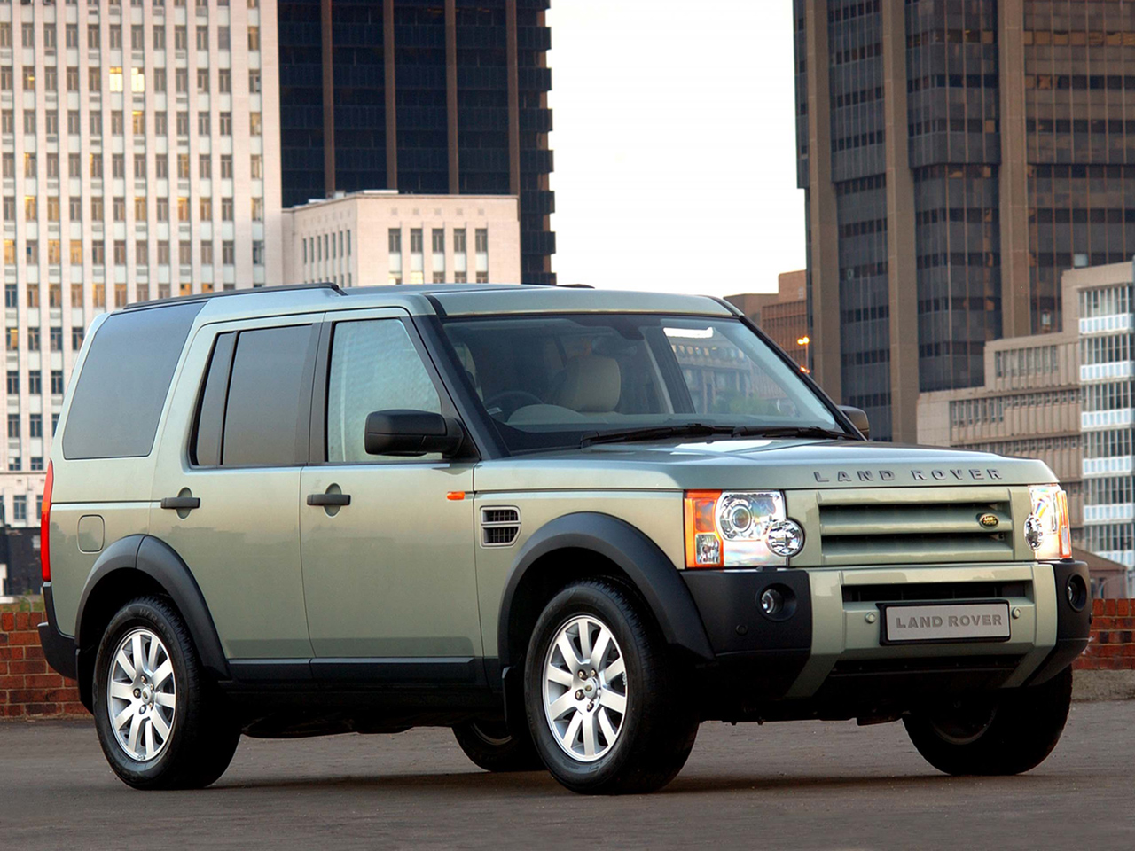 Land Rover Discovery III photo 93643