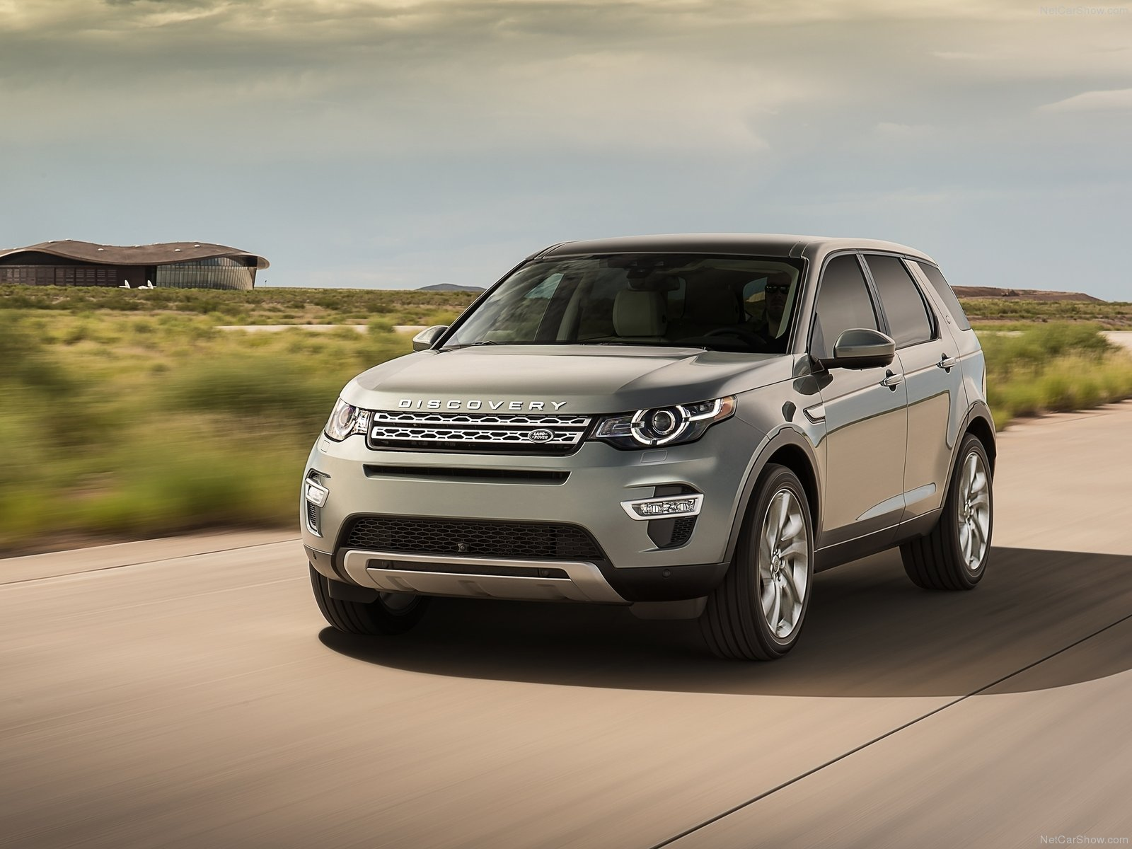 Land Rover Discovery Sport photo 128491