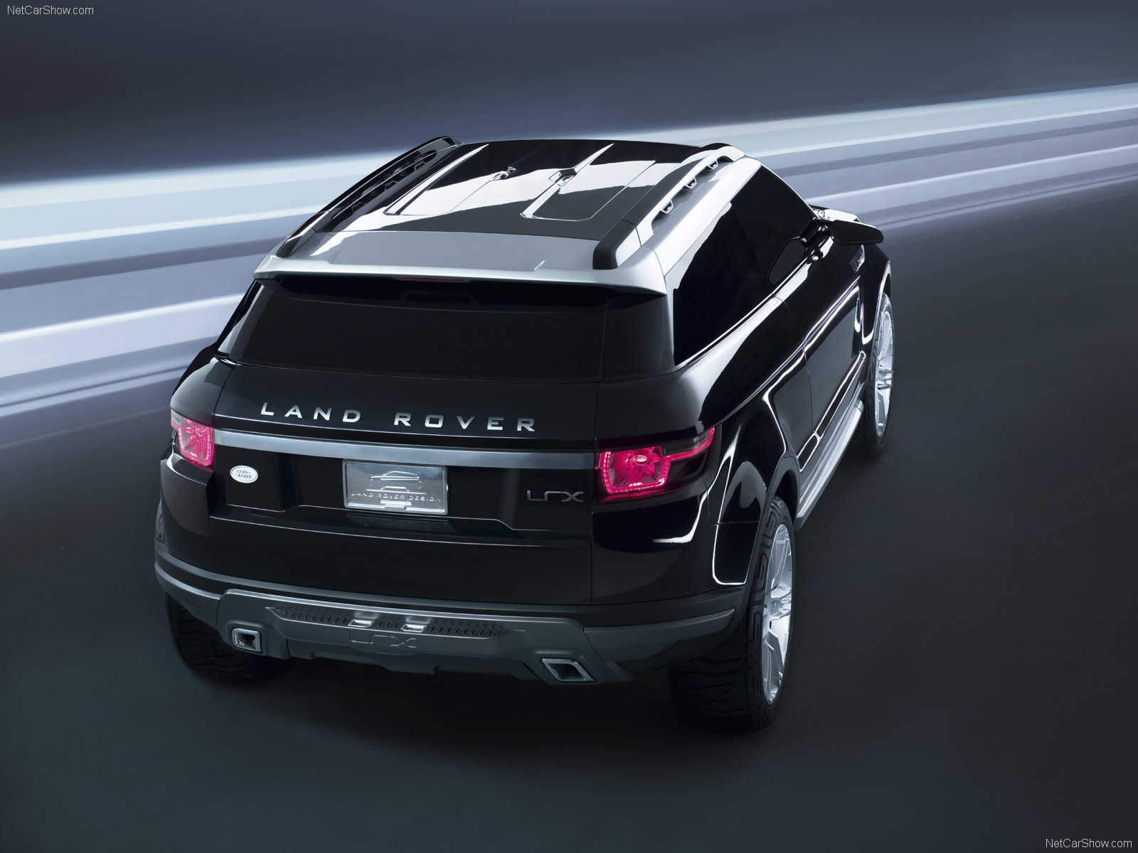 Land Rover LRX Geneva photo 52983