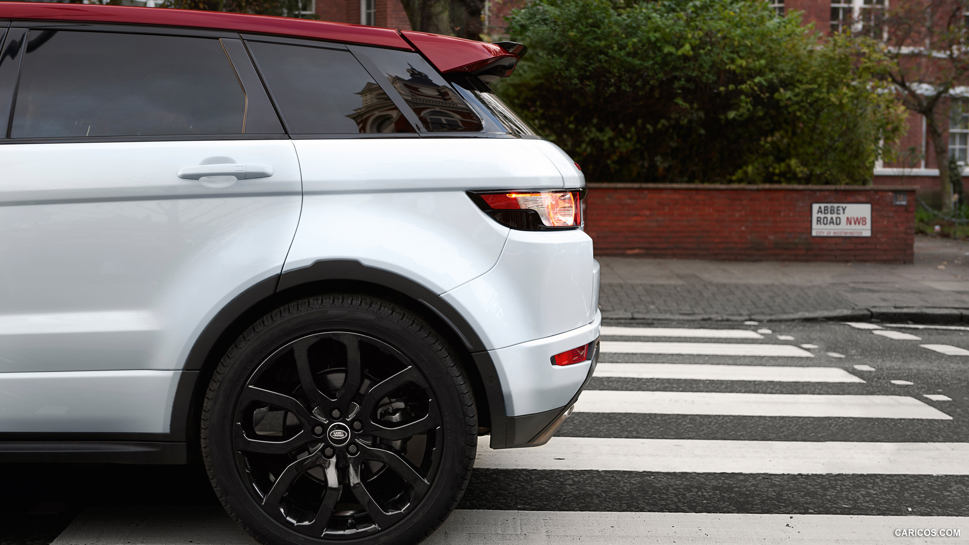Land Rover Range Rover Evoque NW8 photo 136702