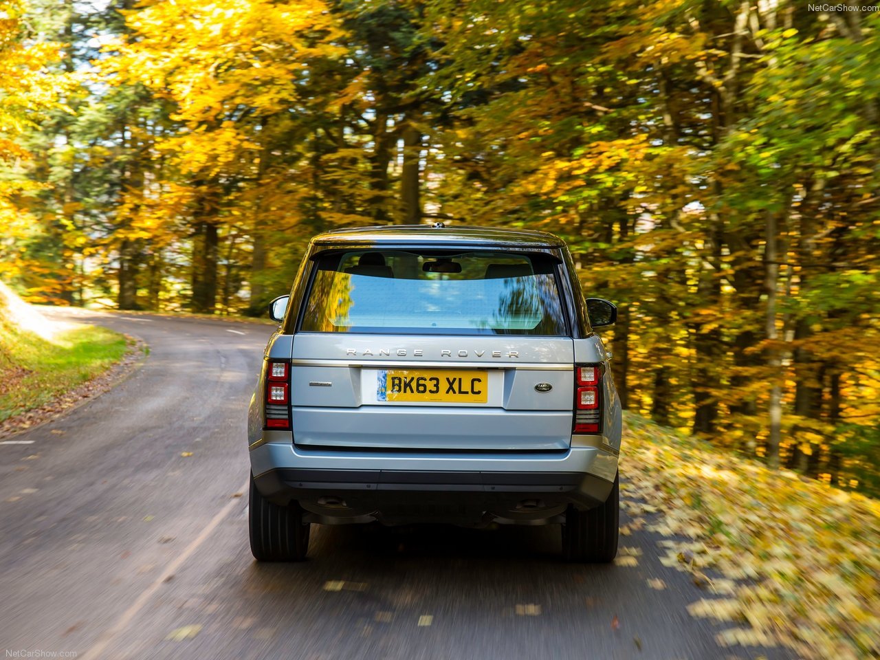 Land Rover Range Rover Hybrid photo 144940