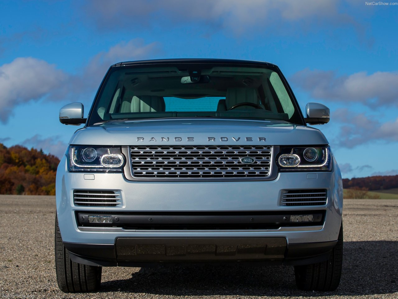 Land Rover Range Rover Hybrid photo 144944