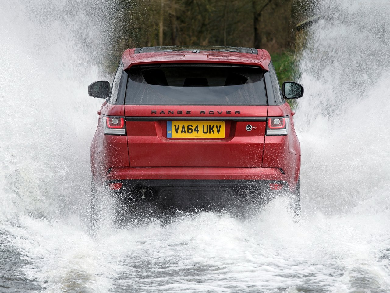 Land Rover Range Rover Sport SVR photo 138585