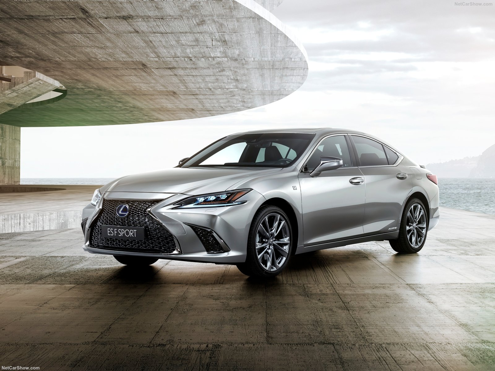 Lexus ES photo 187959