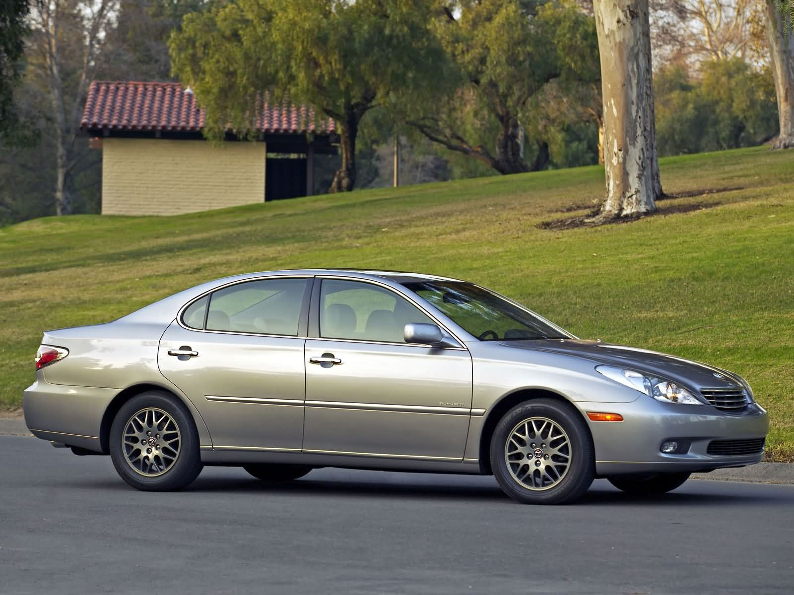 Lexus ES photo 7957