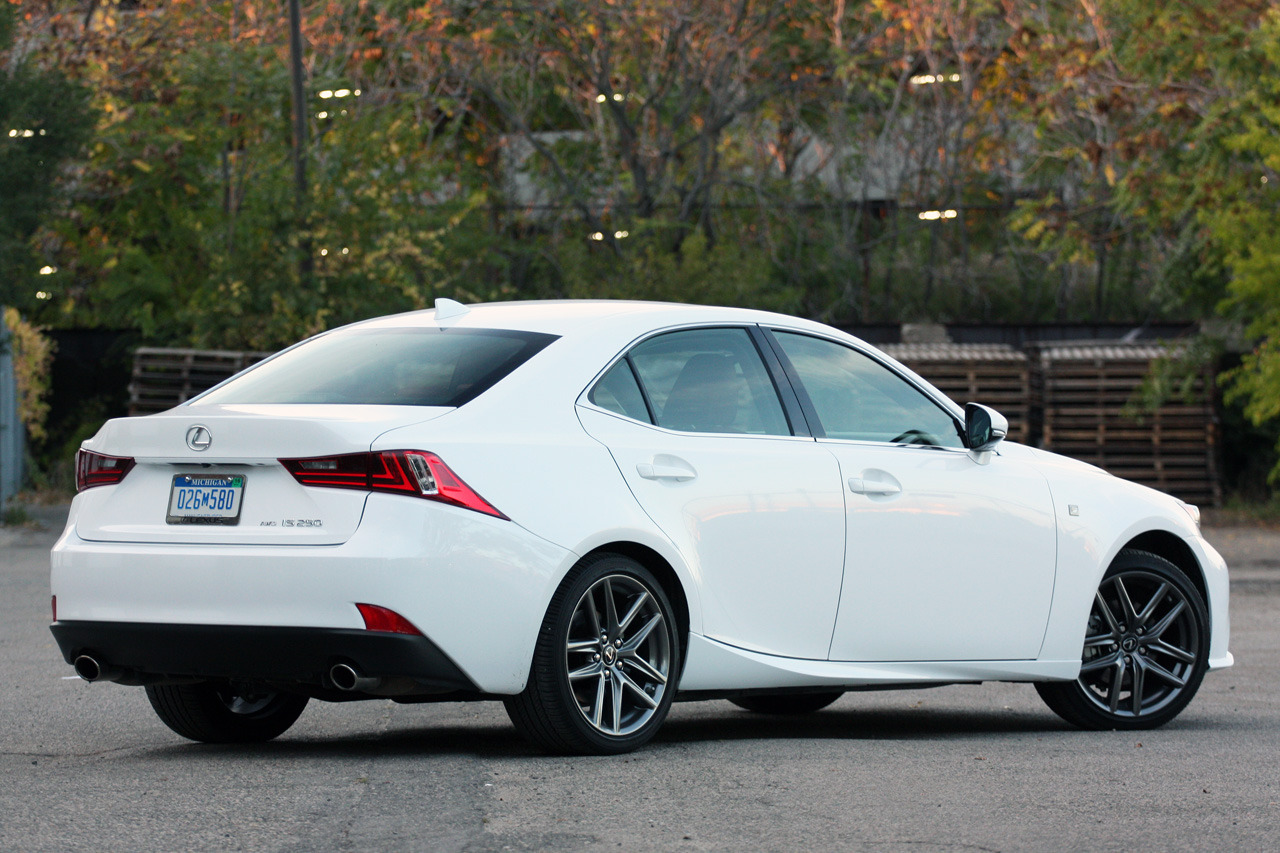Lexus IS 250 AWD F Sport photo 103125