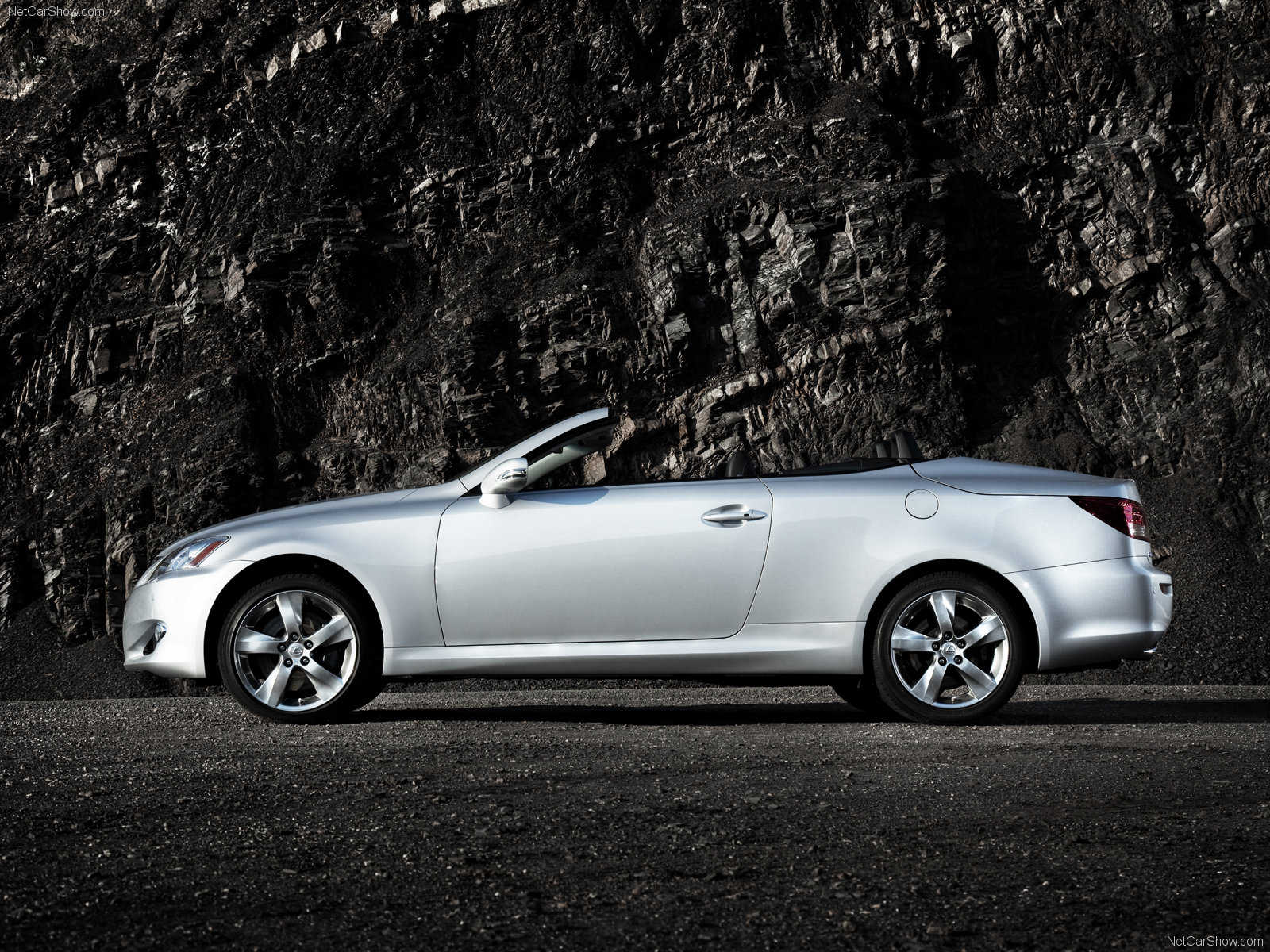 Lexus IS Convertible photo 64254