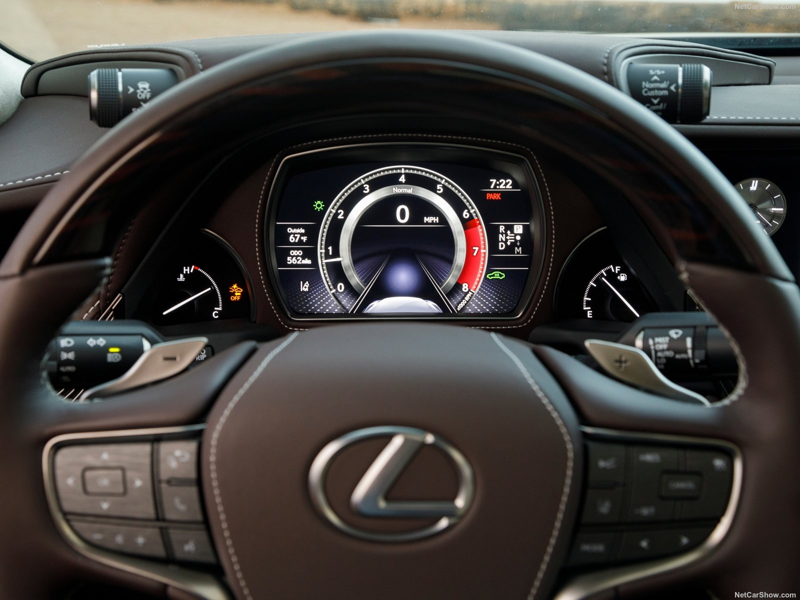 Lexus LC 500 photo 182052