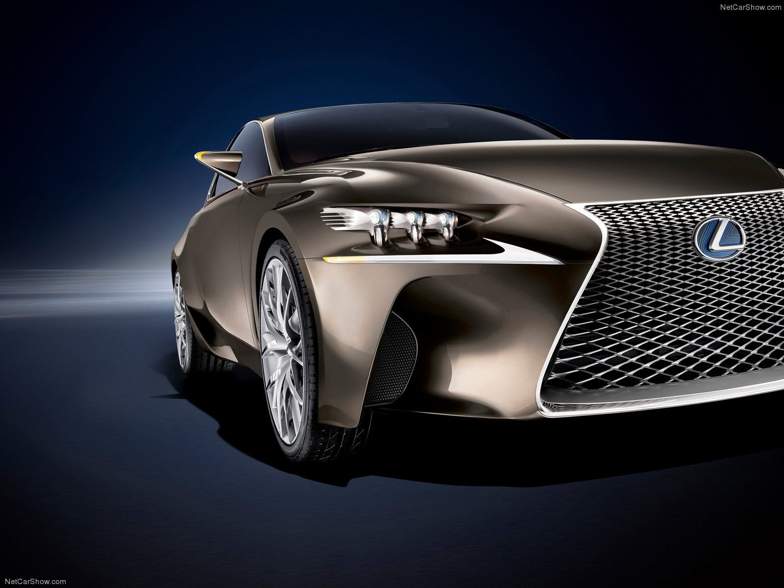 Lexus LF-CC photo 112641
