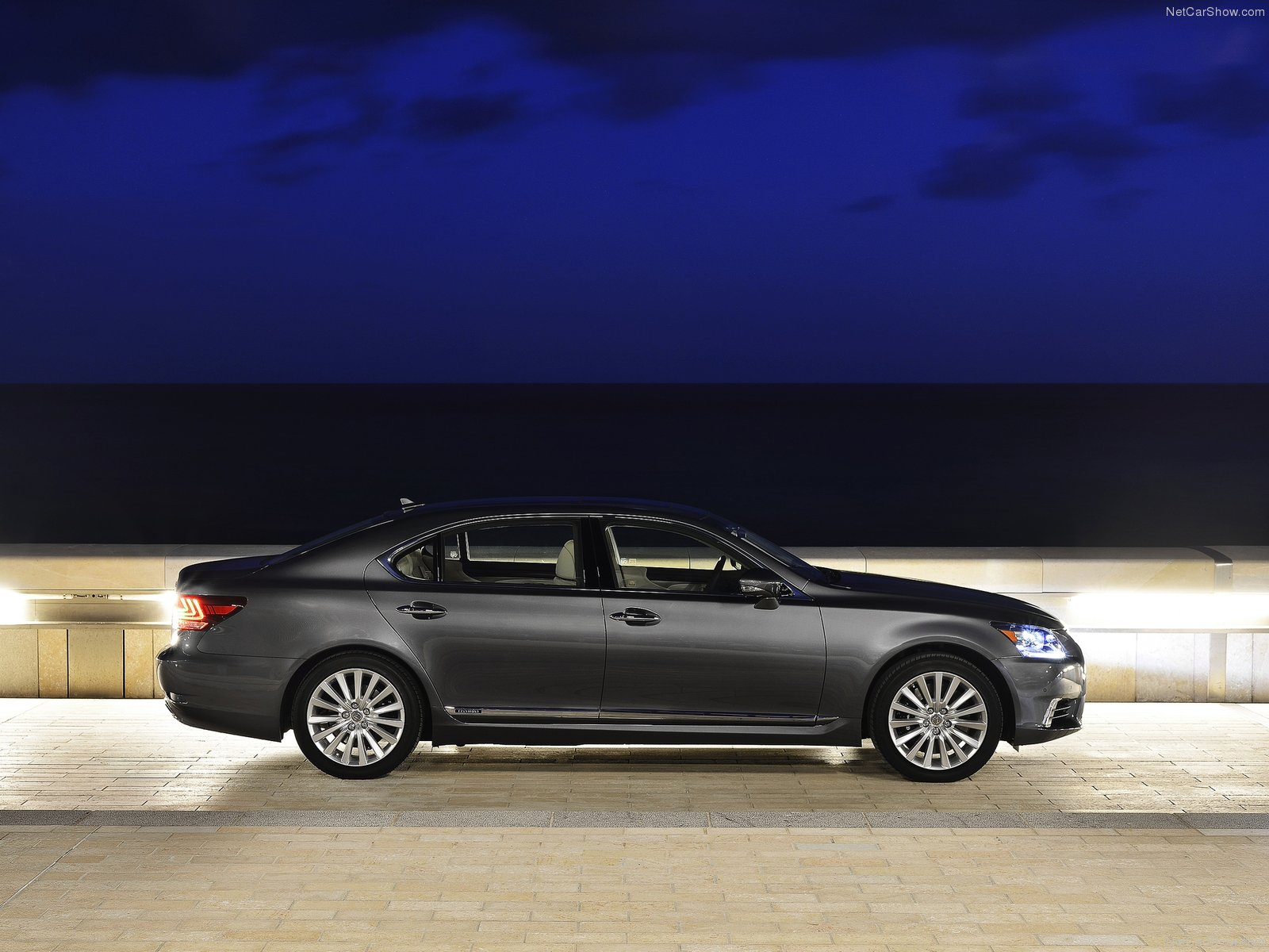 Lexus LS EU-Version photo 116214