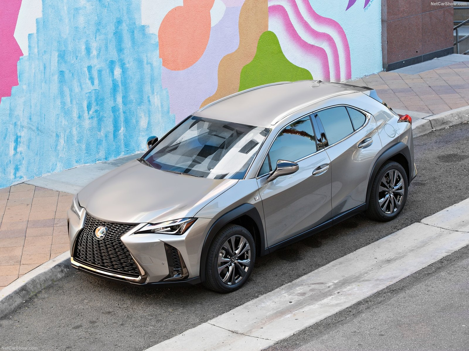 Lexus UX photo 193963