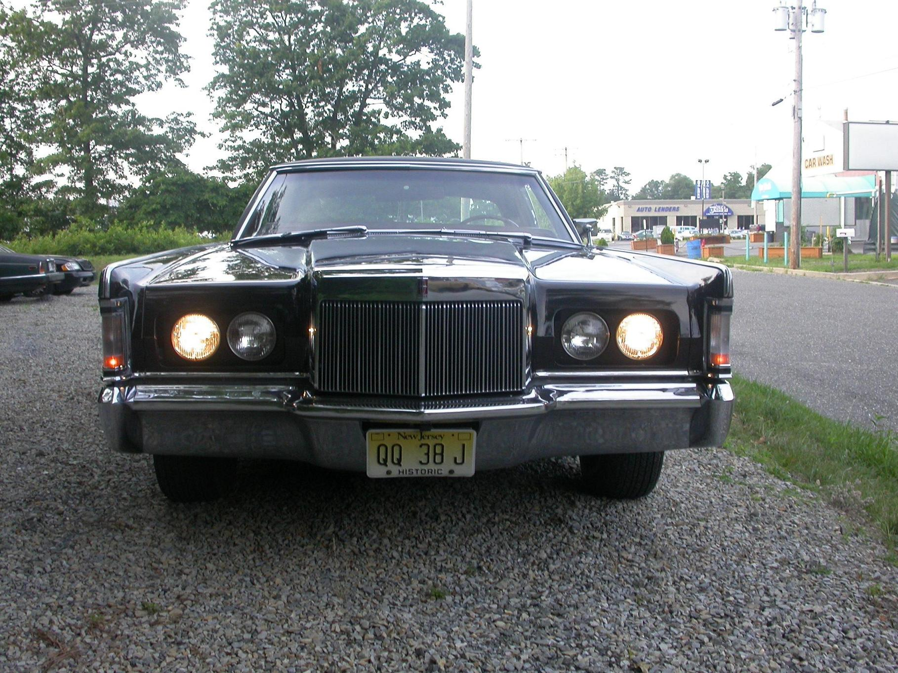 Lincoln Continental Mark III photo 29826