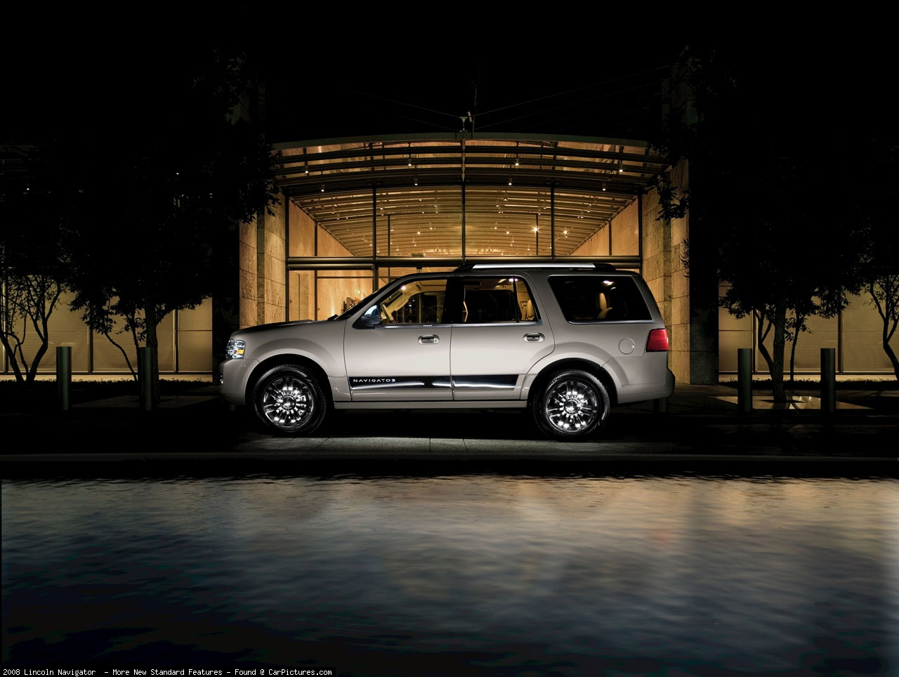 Lincoln Navigator photo 45399