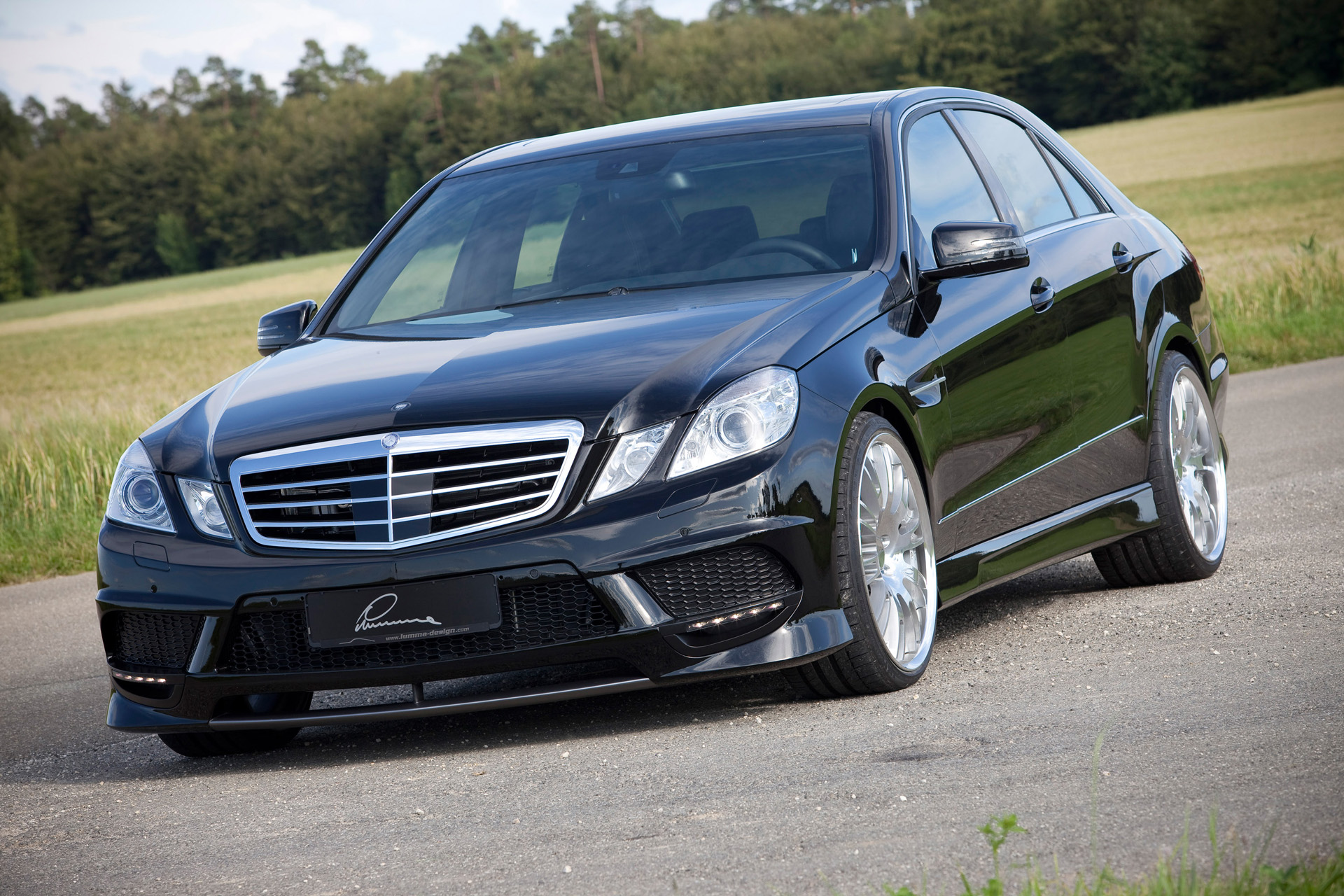 Lumma Mercedes E 50 CLR photo 67121