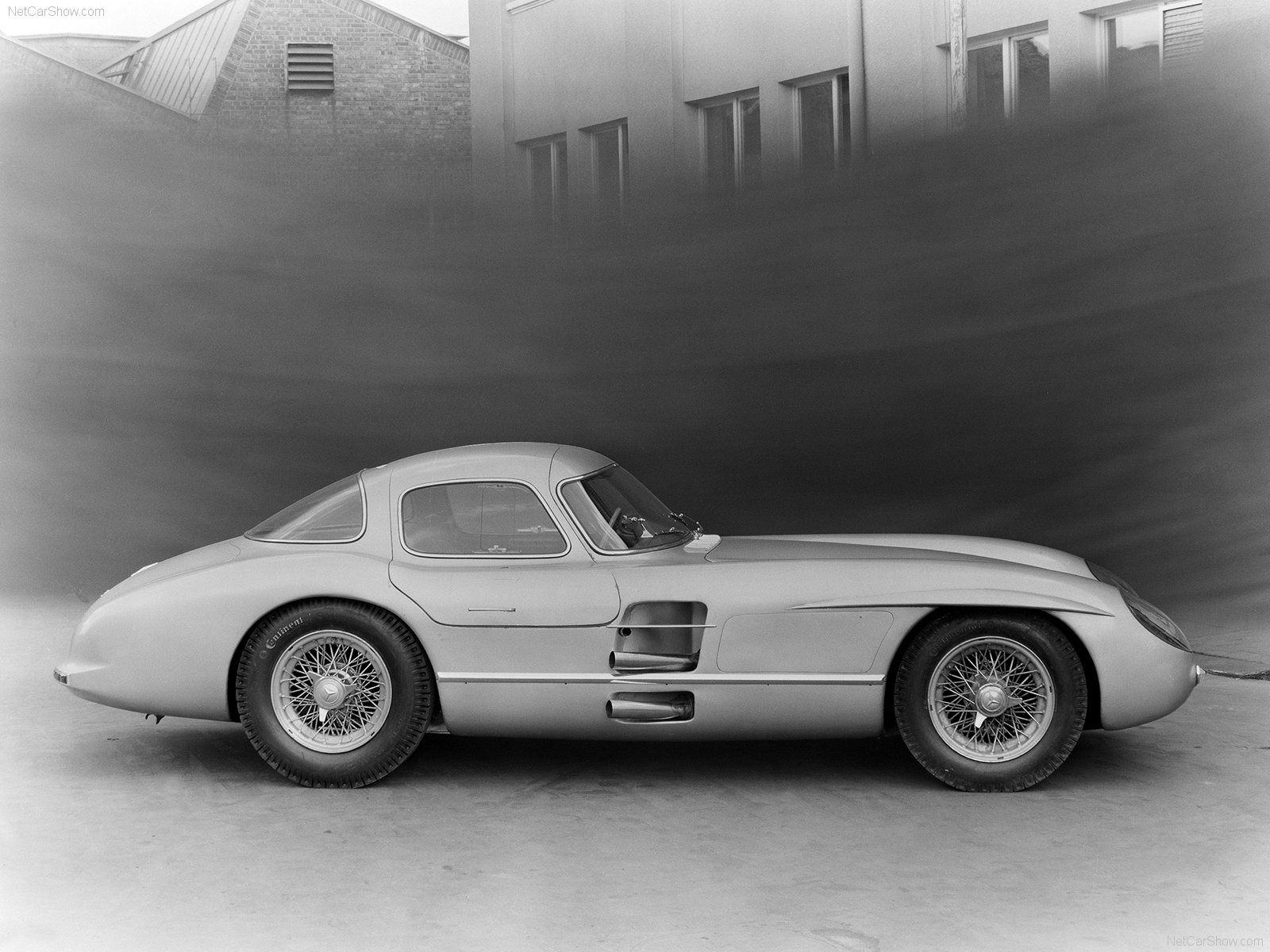Mercedes-Benz 300 SLR photo 68754