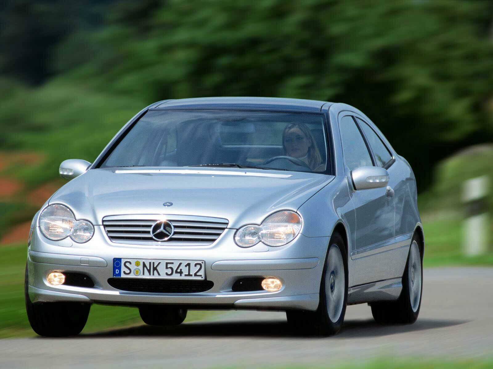 Mercedes-Benz C-Class Coupe photo 10904