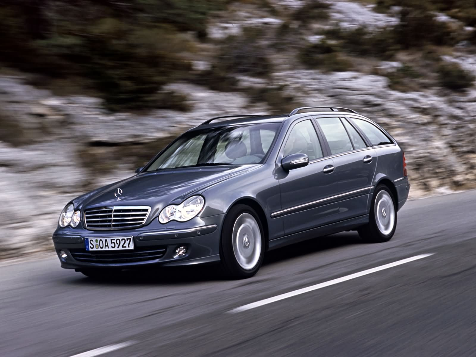 Mercedes-Benz C-Class Estate photo 10791