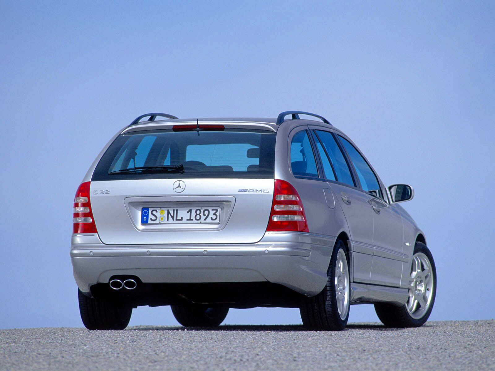Mercedes-Benz C-Class Estate photo 10953